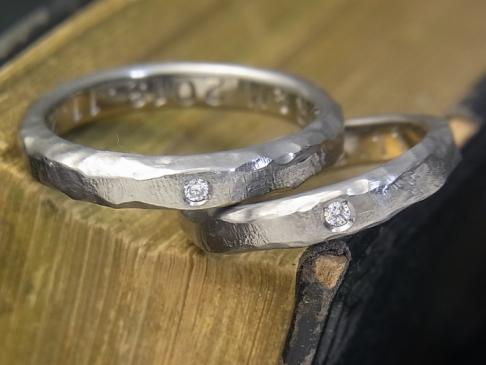 titanium rock texture diamond ring