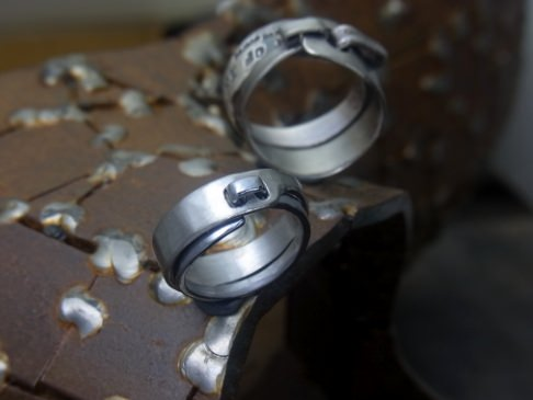 タンタル結婚指輪